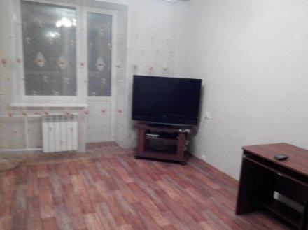 Сдам на длительный срок однокомнатную квартиру на 3-м этаже 5-этажного дома площадью 37 кв. м. в Томске