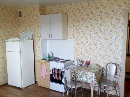 Сдам на длительный срок однокомнатную квартиру на 6-м этаже 9-этажного дома площадью 30 кв. м. в Чебоксарах
