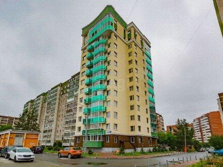 Продам двухкомнатную квартиру на 4-м этаже 13-этажного дома площадью 59/8 кв. м. в Екатеринбурге