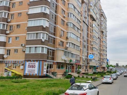 Продам двухкомнатную квартиру на 3-м этаже 14-этажного дома площадью 73 кв. м. в Краснодаре