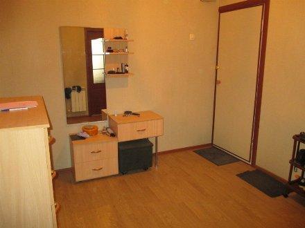Продам однокомнатную квартиру на 5-м этаже 5-этажного дома площадью 45 кв. м. в Пензе