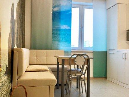 Сдам на длительный срок двухкомнатную квартиру на 6-м этаже 10-этажного дома площадью 54 кв. м. в Архангельске