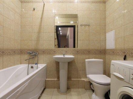 Сдам на длительный срок двухкомнатную квартиру на 5-м этаже 9-этажного дома площадью 58 кв. м. в Архангельске