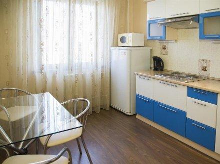 Сдам посуточно однокомнатную квартиру на 3-м этаже 5-этажного дома площадью 35 кв. м. в Санкт-Петербурге