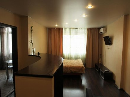 Сдам на длительный срок однокомнатную квартиру на 5-м этаже 7-этажного дома площадью 35 кв. м. в Санкт-Петербурге