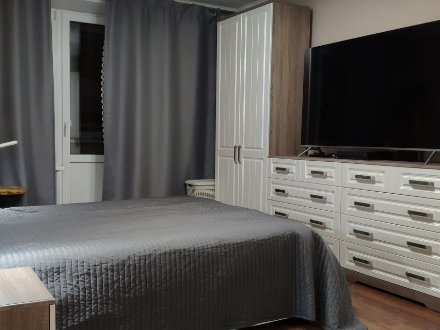 Продам двухкомнатную квартиру на 15-м этаже 16-этажного дома площадью 51 кв. м. в Москве