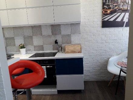 Продам однокомнатную квартиру на 7-м этаже 17-этажного дома площадью 21 кв. м. в Краснодаре