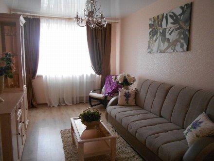 Продам двухкомнатную квартиру на 1-м этаже 10-этажного дома площадью 40 кв. м. в Краснодаре