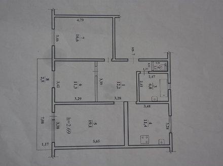 Продам трехкомнатную квартиру на 2-м этаже 2-этажного дома площадью 77,7 кв. м. в Чите