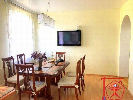 Продам коттедж площадью 393 кв. м. в Курске