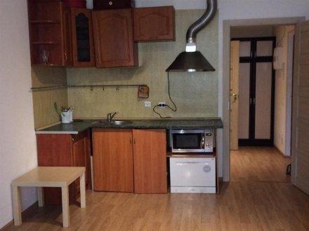 Продам однокомнатную квартиру на 2-м этаже 17-этажного дома площадью 25 кв. м. в Санкт-Петербурге