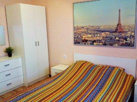 Сдам на длительный срок двухкомнатную квартиру на 3-м этаже 9-этажного дома площадью 52 кв. м. в Кургане