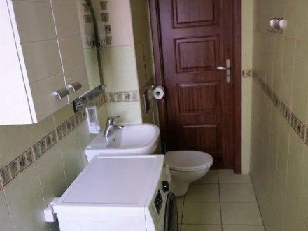 Сдам на длительный срок однокомнатную квартиру на 3-м этаже 9-этажного дома площадью 38 кв. м. в Хабаровске