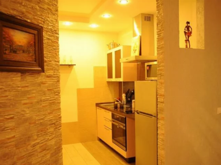 Сдам на длительный срок однокомнатную квартиру на 3-м этаже 9-этажного дома площадью 40 кв. м. в Хабаровске
