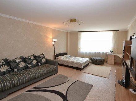 Сдам на длительный срок однокомнатную квартиру на 3-м этаже 5-этажного дома площадью 39 кв. м. в Благовещенске