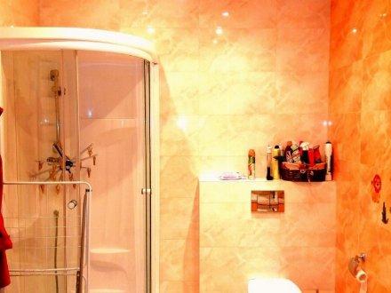 Продам четырехкомнатную квартиру на 20-м этаже 25-этажного дома площадью 130,6 кв. м. в Москве