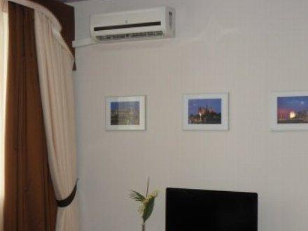Сдам на длительный срок однокомнатную квартиру на 2-м этаже 10-этажного дома площадью 65 кв. м. в Благовещенске
