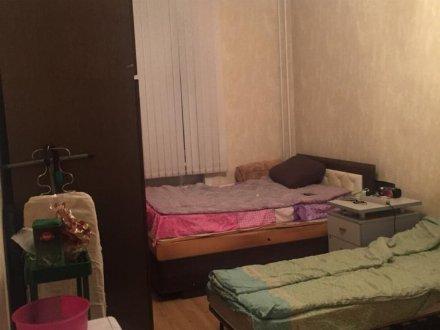 Продам однокомнатную квартиру на 1-м этаже 3-этажного дома площадью 21 кв. м. в Москве